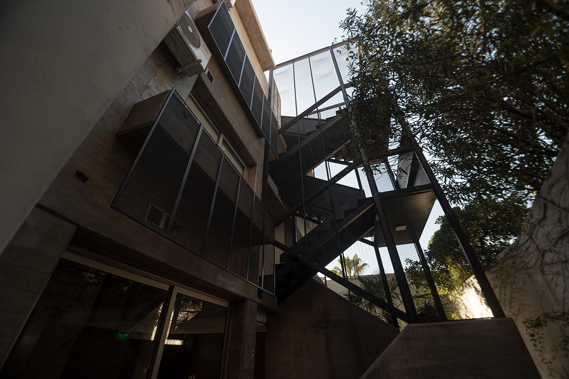Escalera-Departamento
